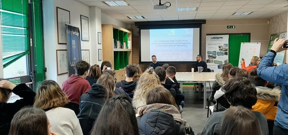Stonewallsfor life presented to Erasmus students
